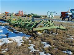 John Deere 1100 12' Field Cultivator