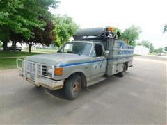1988 Ford F350 Tire Service Truck