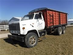 1982 GMC Top Kick Sierra T/A Grain Truck