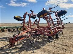 Kewanee 370 22' Wide Field Cultivator