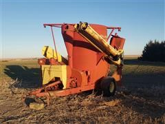 New Holland 358 Grinder Mixer