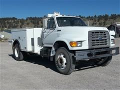 1995 Ford F-800 Service Truck
