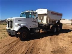 1980 White NTC290 T/A Tender Truck