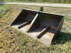 Gnuse 3-Point 7.5' Hydraulic Bucket