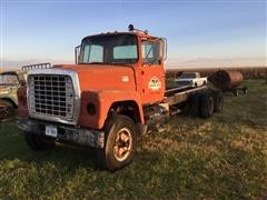 1970 Ford LT900 Truck