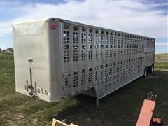 """2010 Wilson 53'X102"""" T/A Livestock Trailer"""