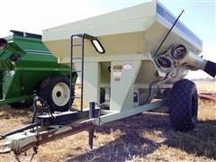 Orthman 796 Grain Cart
