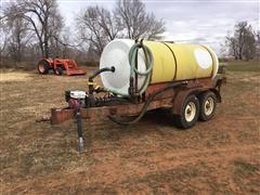 Wylie 1200 Gallon Liquid Feed Trailer