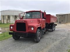 1982 Mack DM492S T/A Water Truck
