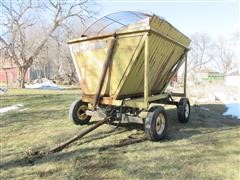 Dump Chief 706 Silage Side Dump Wagon