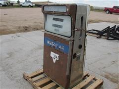 Tokeim 452 Gas Pump