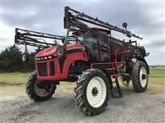 2013 Apache AS1025 Self-Propelled Sprayer