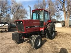 International 5088 2WD Tractor