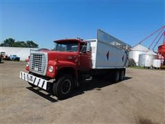 1977 Ford LT9000 T/A Straight Silage Truck