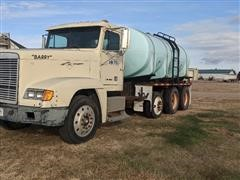 1997 Freightliner T/A Liquid Fertilizer Tender Truck For Parts