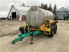 Ag-Chem 1600-Gallon Liquid Tender