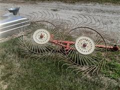 Lindsay 2-Wheel Windrow Turner