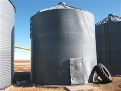 Coop 3300 Bu Grain Bin