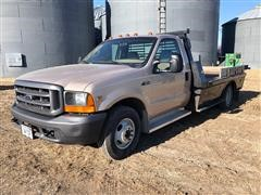 1999 Ford F350 2WD Flatbed Pickup