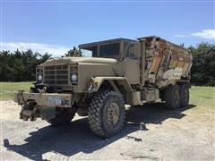 1989 BMY M925A2 5-Ton 6x6 Truck W/Harsh 575 Feed/Mixer Box