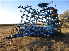 Landoll 9630-34 Field Cultivator