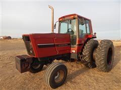 1982 International 5488 Tractor