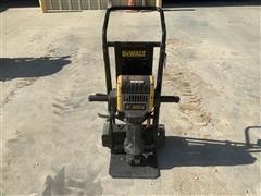 2016 DEWALT 60-70 Lb Electric Concrete Breaker