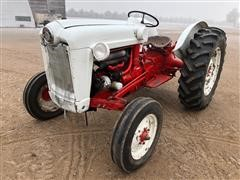 1955 Ford 800 Series 850 2WD Tractor