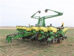 2014 John Deere 1765 Forward Folding 12R30 No Till Flex Planter