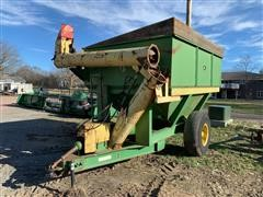 John Deere 1210A Grain Cart