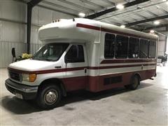 2005 Ford E450 15 Passenger Bus