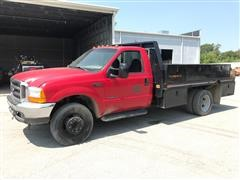 1999 Ford F550 XLT Super Duty Flatbed Pickup