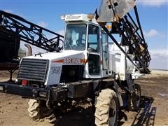 Willmar 745 Self Propelled Sprayer