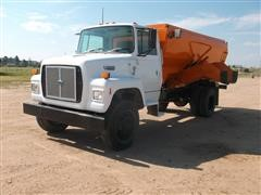 1991 Ford L7000 Feed Mixer Truck