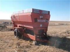 Oswalt 3340 Feeder Wagon