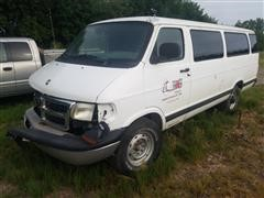 2001 Dodge Ram Wagon B3500 Sport Van