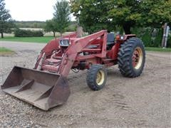 International Hydro 84 2WD Tractor W/Loader