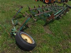 John Deere 1100 13' Field Cultivator