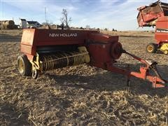 New Holland 320 Twine Tie Small Square Baler