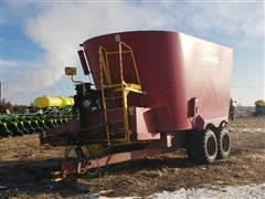 Supreme 1600T Feeder Wagon