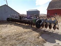Hiniker 4800 3-Pt Air Seeder W / 5800 Seed Cart