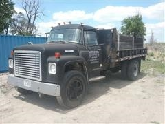 1977 International 1700 Loadstar S/A Flatbed Dump W/12' Box