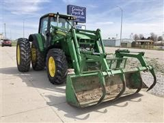2006 John Deere 7520 MFWD Tractor With Loader