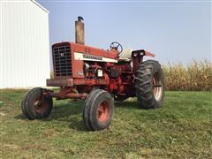 1968 Farmall 756 2WD Tractor