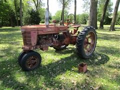 1945 International Farmall H 2WD Tractor