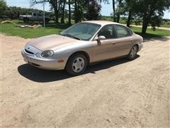1997 Ford Taurus GL 4 Door Sedan