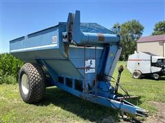 Kinze 600S Grain Cart