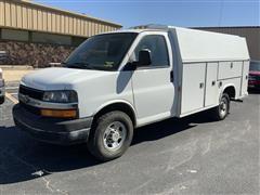 2005 Chevrolet G3500 Cutaway Express Service Van