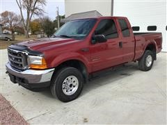 2001 Ford F250 Super Duty 4x4 Extended Cab Pickup