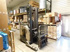 Crown 5200 Stand Up Forklift For Parts